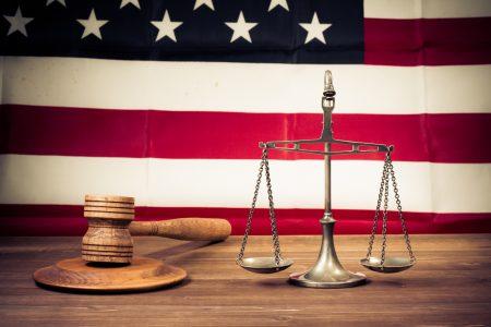 美國回歸正軌後,勢必可重拾國際警察的角色,並成為民主國家的先鋒。