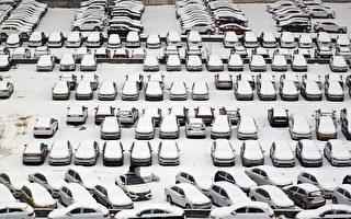 大陆暴雪第三天 23个机场运输受阻