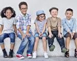如何帮助孩子融入两种文化
