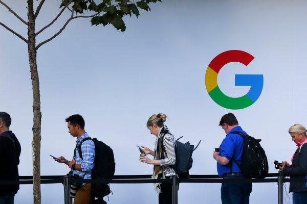【新聞看點】谷歌若回大陸 網民:棄百度之時