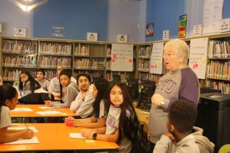 法瑞纳与汉密尔顿葛兰许中学学生交流。