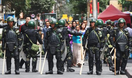 鎮壓七五事件的一批部隊,一大部分是提前5天從浙江來的,難道先前就會知道有事情會發生?