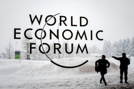 瑞士滑雪胜地达佛斯(Davos)近一周来降下二十年来最大的一场雪。