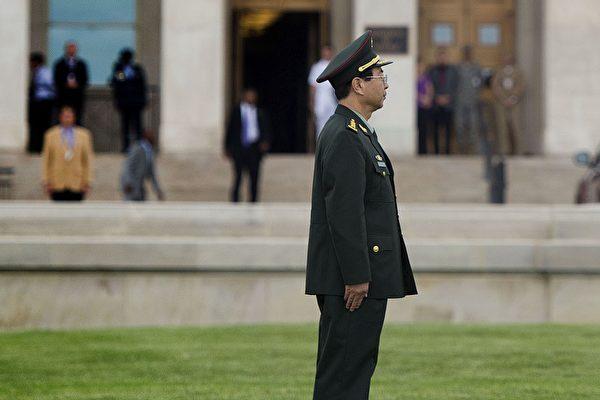 中共军委联合参谋部前参谋长房峰辉被证实落马。(JIM WATSON/AFP/Getty Image)