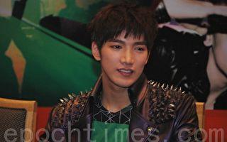 2PM成员Jun. K今低调入伍 公开亲笔信诉心声