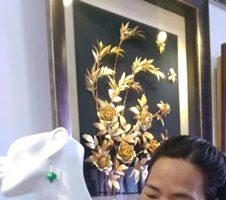 從供桌擺飾變身時尚配件 張金蓮的纏絲工藝