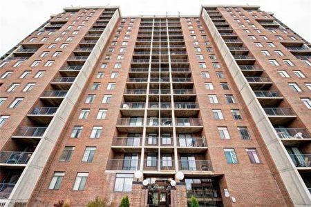 卡爾加里房產經紀劉寶倫以$16萬的價格幫客戶購買了一套公寓作為投資房(標價為$17.5萬)