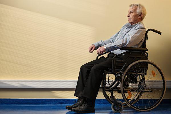 长辈做癌症筛检值得吗?医生没说出口的风险