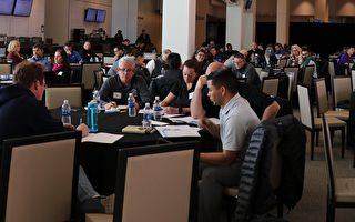 49人队培训旧金山湾区300教职  支持青年橄榄球队