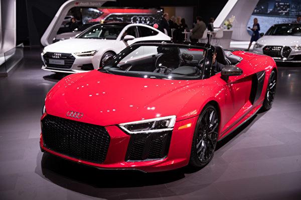 纽约车展 倩车先睹为快。Audi Sport。(戴兵/大纪元)