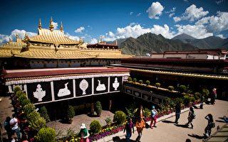 """中共加强管控 西藏各大寺院进行""""普法考试"""""""