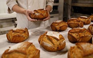 工作很拼却被罚款!法国面包师一周工作7天 被罚11万