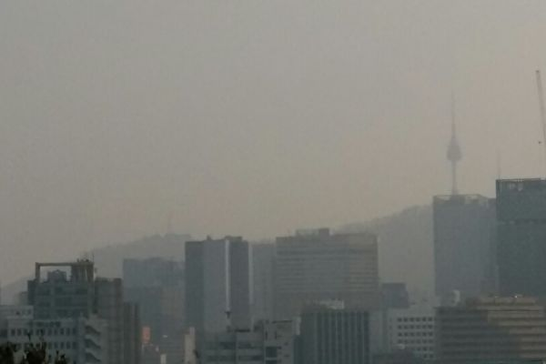 兩會期間大陸陰霾襲韓 韓國民眾怒罵中共