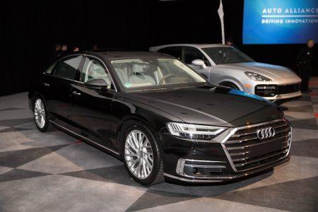 奥迪A8获得最佳豪华车奖。