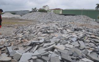 花莲地震万吨石材受损 台开吁营建业尽用碎片
