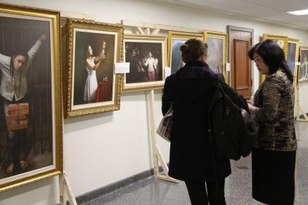 3月21日到23日「真善忍國際美展」在新澤西州府議會大廈種展出。