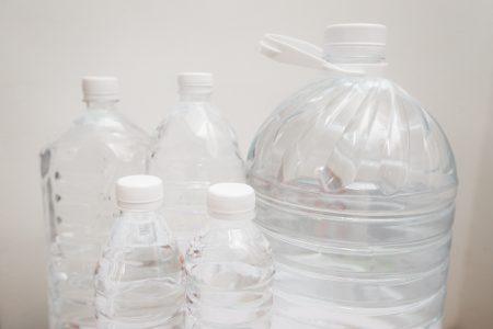 環保署表示,國外環保組織Orb Media調查11品牌、259瓶瓶裝水結果發現93%含有塑膠微粒。圖為示意圖。