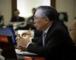 3月4日,中共政协发言人在新闻发布会上狡辩。.(WANG ZHAO/AFP/Getty Images)
