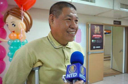 曾大原先生全血捐血250次,每袋250c.c,36年来共捐出62公升血液。