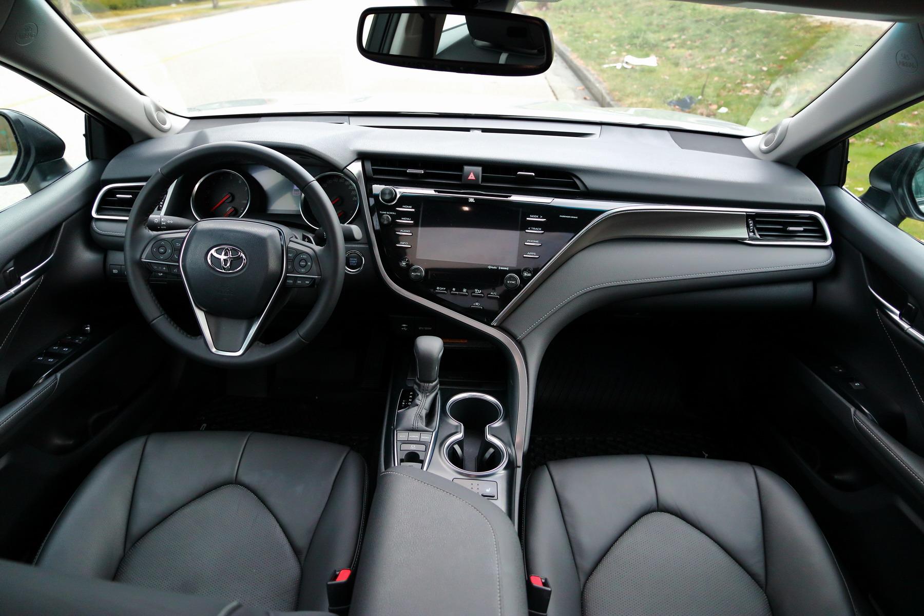 Toyota Camry Xse 2018 >> 車評:變身轎跑 2018 Toyota Camry XSE | 大紀元