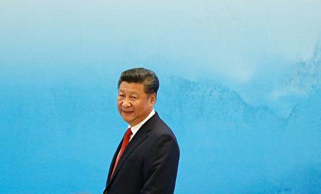 中國主席習近平說他「個人反對」終生執政,還說外國觀察者「誤解」了最近廢除主席任期限制的修憲舉動。 ( Aly Song - Pool/Getty Image)
