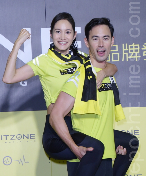 World Gym全新运动服务概念品牌 艺人Janet 和老公George 活力站台!
