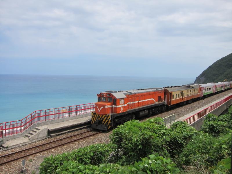 台東南迴線上最美麗的多良火車站