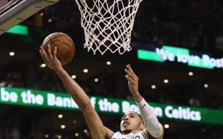 NBA凯尔特人主场逞威 退骑士率先听牌