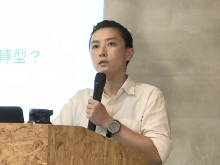绿色和平能源专案经理李之安表示,台湾的企业应该尽快使用或购买再生能源电力,可增加企业绿色竞争力,以即国际间竞争优势。