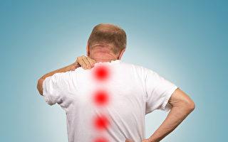 跨洋治疗腰腿疼 脊椎减压显神奇