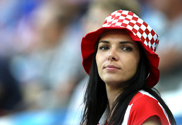 775137949KM00011_Croatia_v_