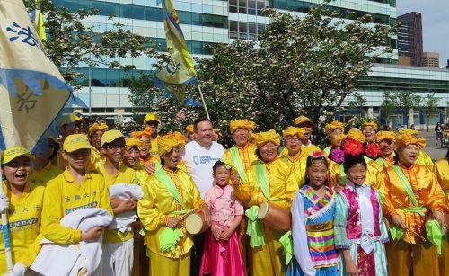 丁香節 加國亞省保守黨領袖讚法輪大法好