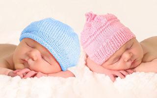 双胞胎姊姊呼吸困难 妹妹一个救命的拥抱 创造奇迹