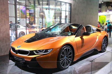 BMW i8 Roadster現身Computex 世貿三館 Innovex 展區。(陳懿勝/大紀元)