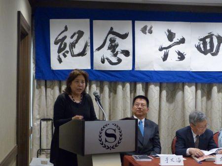 六四民运领袖吕京花要求中国政府释放因悼念六四、参与民主运动被抓的人士。