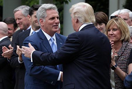 消息:川普週四在佛州會見眾院共和黨領袖