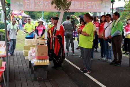 107年冬山乡龙舟下水祭江法会仪式。