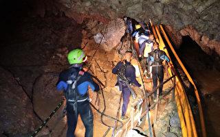 為救小球員 馬斯克攜帶迷你潛艇抵泰國洞穴