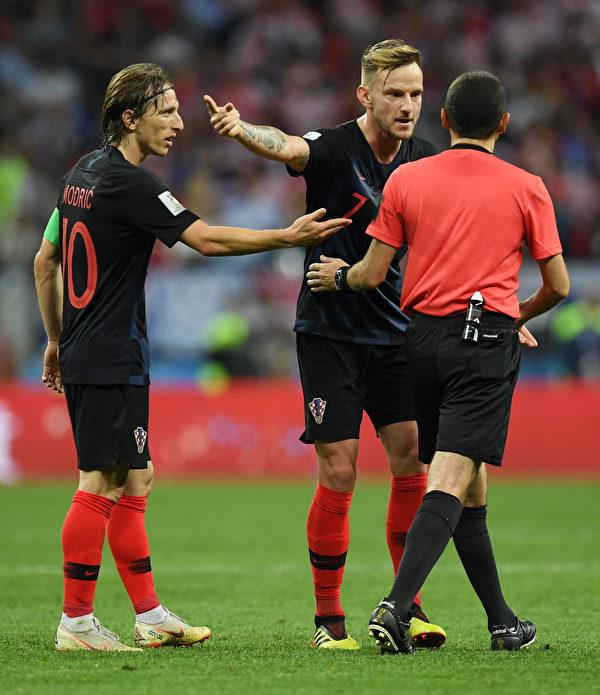 法国VS克罗地亚 谁将捧起大力神杯?