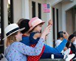 旧金山湾区红木城独立日游行   美国精神感佩人心