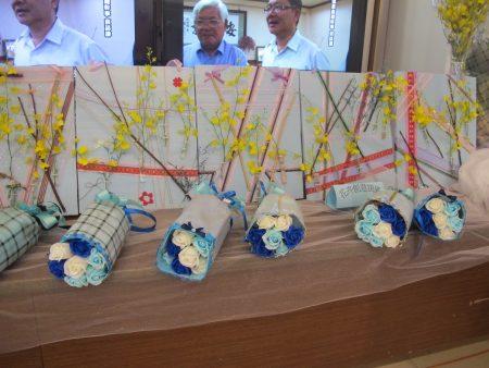 学员的花卉创意作品。