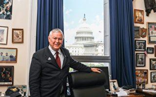 曾錚:美國國會議員跟我學「退黨」