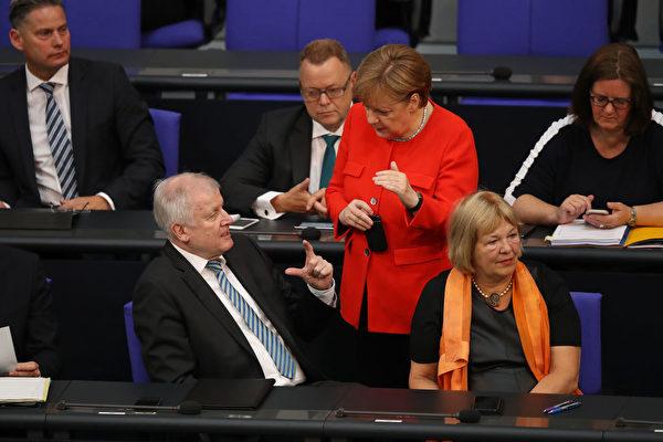 德国难民争议余波不断