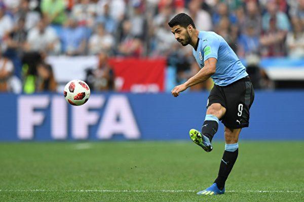 法国2:0胜乌拉圭 隔12年再闯世界杯四强