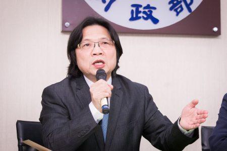 内政部长叶俊荣表示,接任教育部长后,有决心处理好台大校长遴选争议。图为资料照。