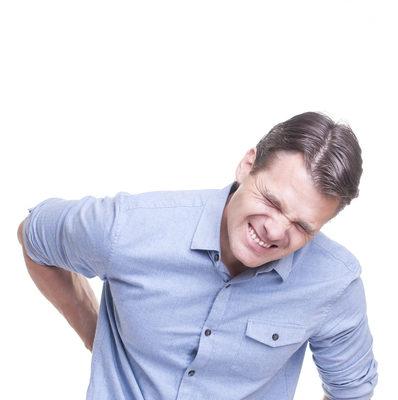 腰背疼 膝關節不適?試試脊椎減壓治療帶