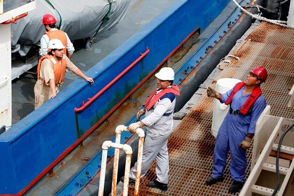 中共高調進口伊朗石油 美國暗示制裁