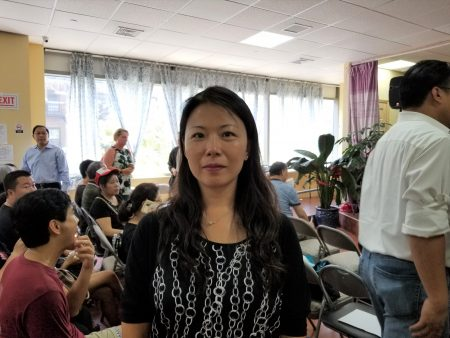 物理治療師俞婷有兩個孩子,放棄暑假休息時間,辛苦補習準備,就是未來想上好學校,所以要爭取維持特殊高中學校。