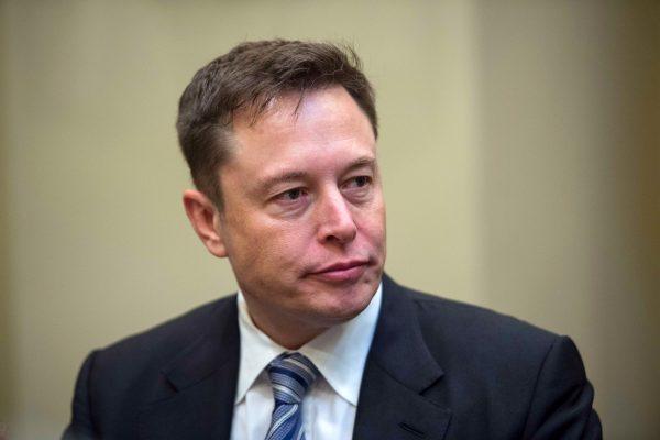 美证交所控马斯克诈欺 Tesla盘后重挫11%