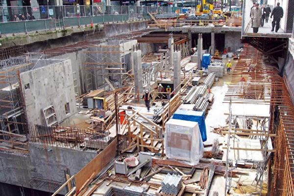 图:加拿大线天车开建以来,温哥华已有上百甘比街商家向运联提出索赔要求。 (大纪元)